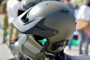 6ee609c554f4c9dd45bc77fbb3360024 t 300x200 - 子供とのバイク二人乗りは何歳から出来るの?知ってそうで知らない意外な事実!