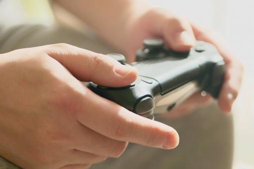 ddafebd6ef3b064a025028fd033cb5e8 t - ゲームが子供に与える影響とは?知っておきたいメリット・デメリット